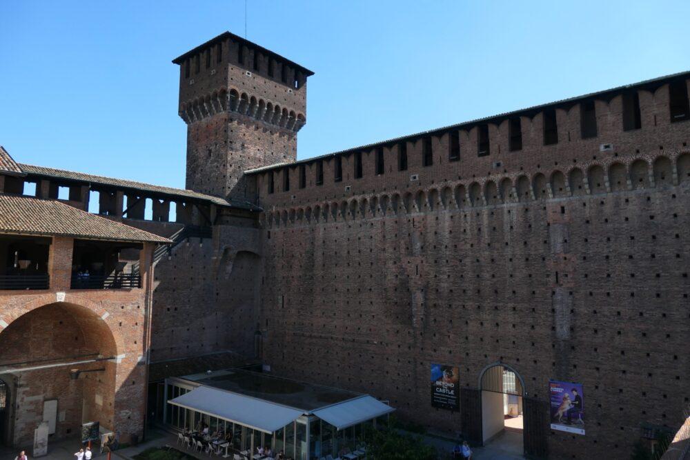 Rectangular guard tower