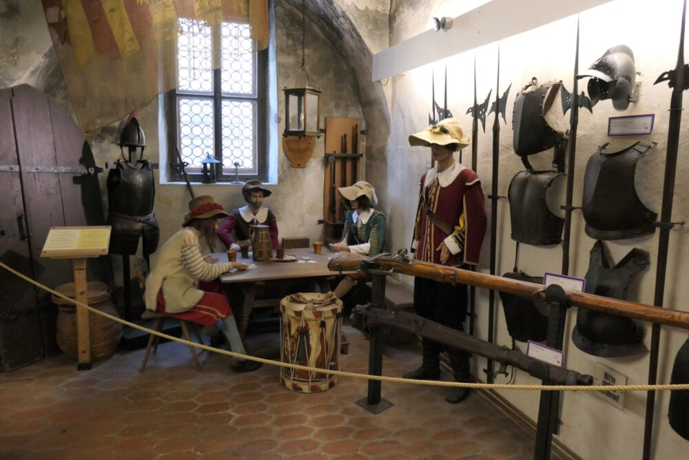 Medieval armors and fashion on display.